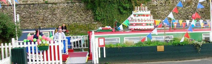 The New Horizons Canal Boat Marple